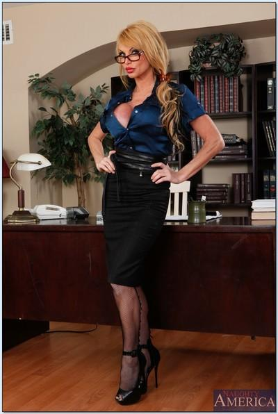 Hot sex teacher in glasses Taylor Wane spreading her legs in stockings