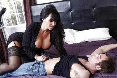 Big busted MILF in stockings Lisa Ann gets banged hardcore