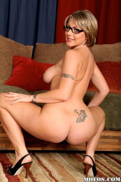 Milf babe with huge breasta look so great naked in glasses only