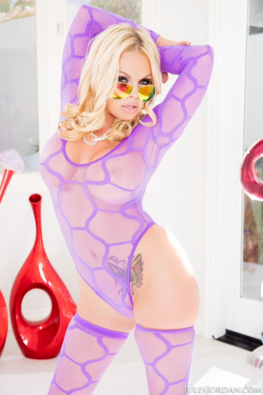 Jesse jane gets oiled up and roughly dicked