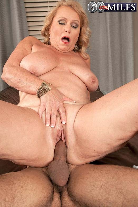 Busty granny alice loves younger cocks to fuck