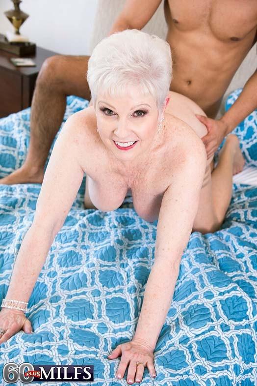 Dirty old granny whore jewel sucking stiff cock
