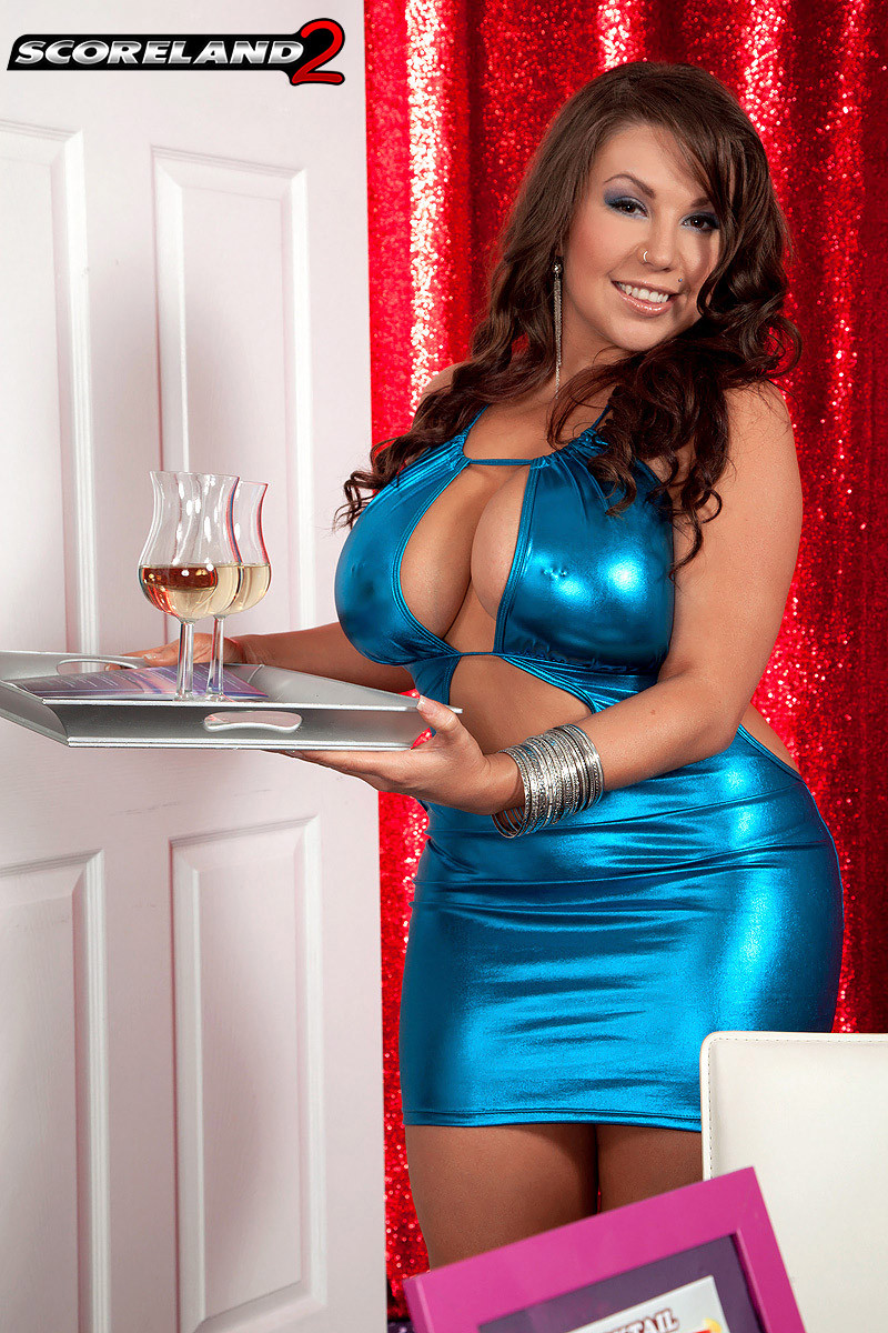 Gorgeous busty big boobed sheridan love showing all