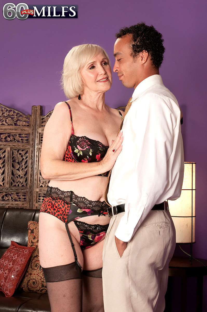 60 granny lola lee sucking and fucking real good