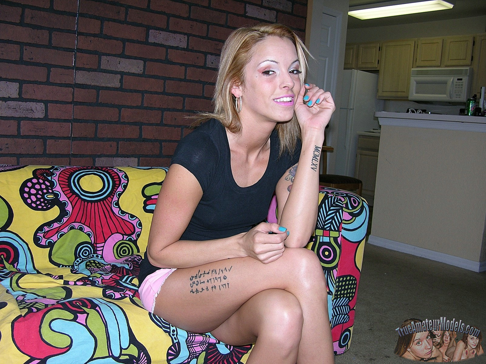 Nude tattooed amateur mature milf bella - true amateur models