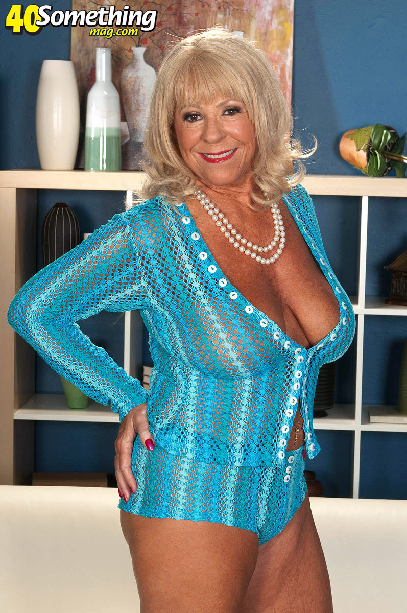 Mandi mcgraw is 69 years old and from tampa florida