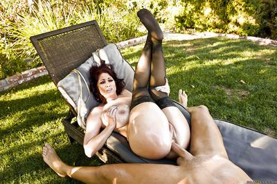 Horny MILF Tiffany Mynx gives a blowjob and gets her ass drilled