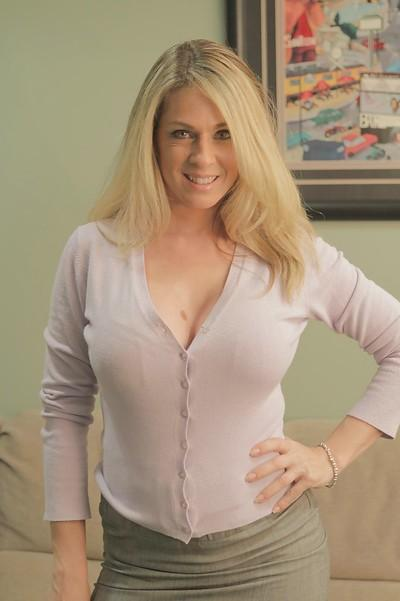Milf Blonde Photos