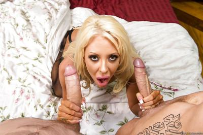 Double penetration action featuring an sweet wife Courtney Taylor