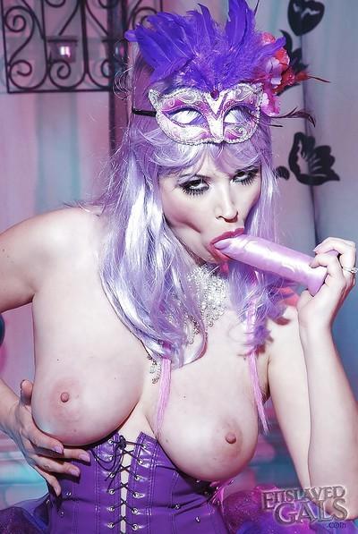 Sophisticated fetish babe Anastasia Pierce shoots amazing sexy cosplay
