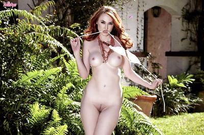Pretty milf babe Kendra James is a gorgeous redhead pornstar