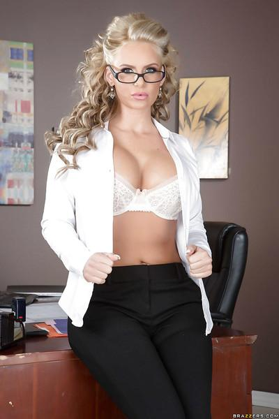 Undressing action features milf babe in glasses Kendra Lust