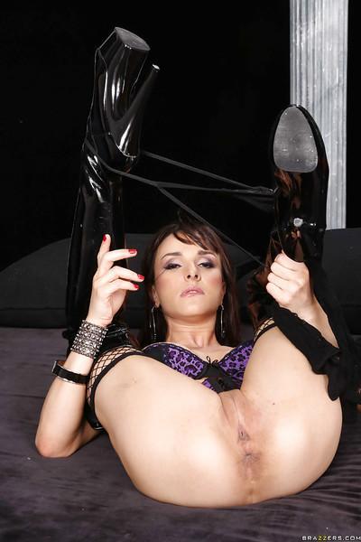 Hot european MILF Leya Falcon stripping and masturbating her twat