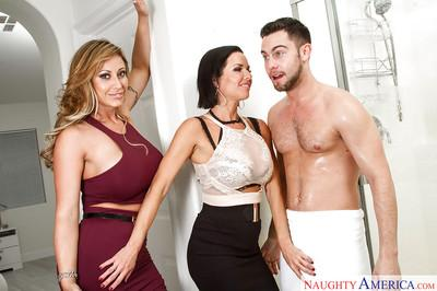 Chesty moms Eva Notty and Veronica Avluv suck cock and eat cunt in FFM