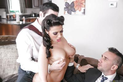 MILF pornstar Rachel Starr gives big cocks head in MMF threesome
