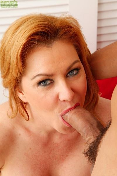 Mature MILF Sasha Sean dripping cum from mouth after giving head