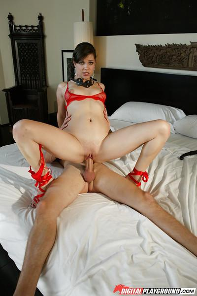 Cum on face of Bobbi Starr a beautiful Milf in a hardcore scene