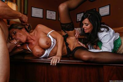 Slutty MILFs Kristal Summers & Veronica Avluv sharing a big boner