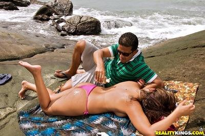 Latin MILF Izadora Fantini gets her ass pounded hardcore on the beach