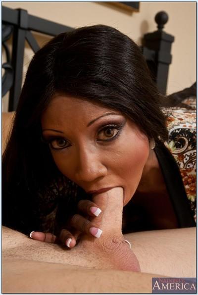 Ebony MILF Diamond Jackson gets her hot pussy licked and banged hard