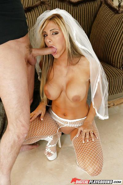 Blonde Milf Carmel Moore gets down on her knees to give sloppy blowjob