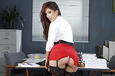 Sexy secretary Reena Sky flashing long legs and stockings under skirt