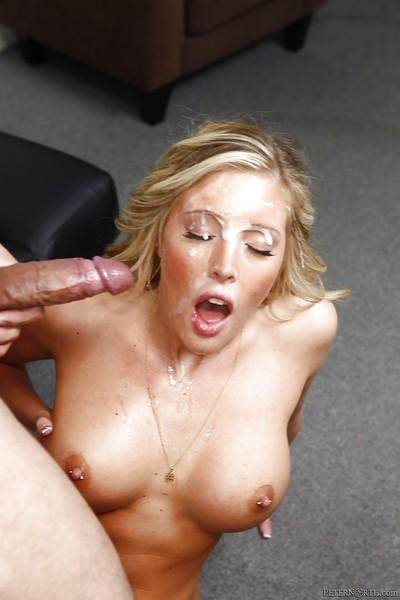 Samantha Saint gives a blowjob and gets a sticky cumshot on her pretty face