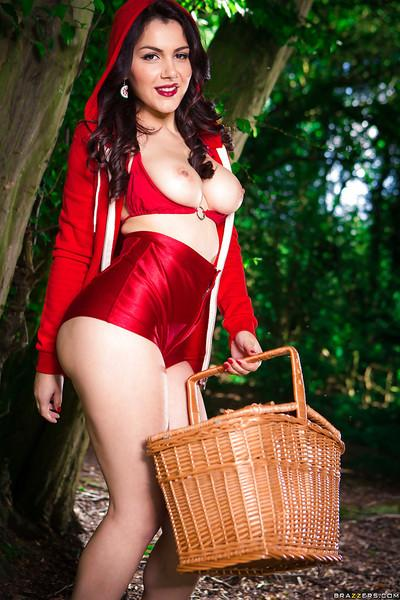 Valentina Nappi is showing her milf ass in a cosplay uniform