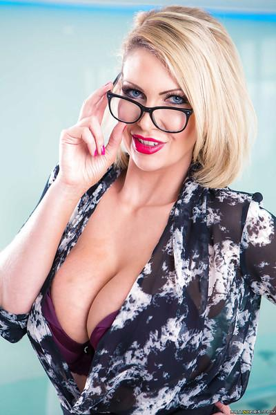Blonde Euro secretary Leigh Darby lets her big knockers loose