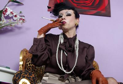 Fetish MILF on high heels smoking and uncovering her tempting curves