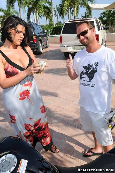 BBW milf boobs shown alfresco before devastating hardcore sex