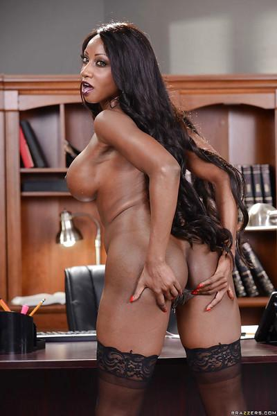 Ebony pornstar Diamond Jackson stripping and spreading at the office