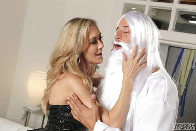 Hardcore model Brandi Love fucks with God and swallows his white jizz
