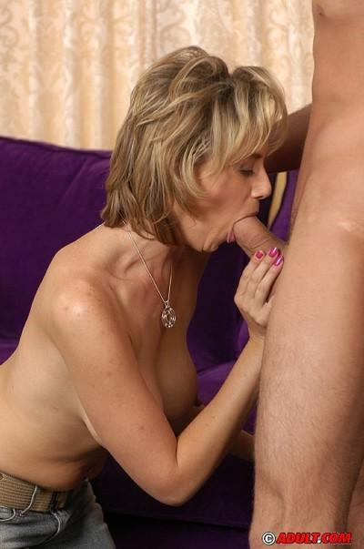 Slutty cougar gets shagged and milks a thick boner with her big jugs