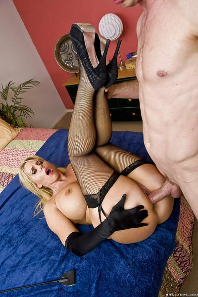 Curvaceous blonde MILF Karen Fisher gives a blowjob and gets fucked