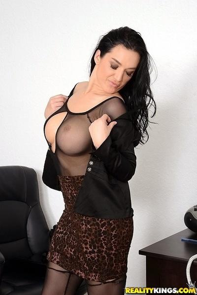 Milf secretary Isabella Madison loves undressing in her office