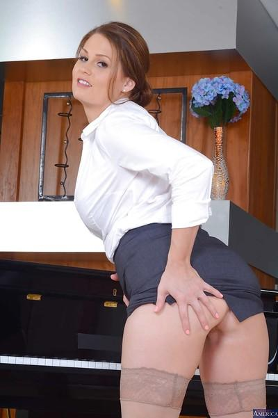 Posing scene from an milf teacher in sexy stockings Allison Moore