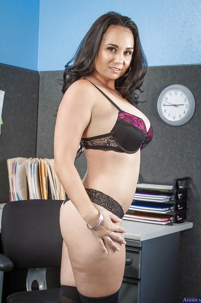 Assy Latina Holly West takes off her suite right in the office