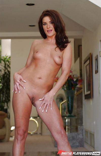 Beautiful tiny tit bombshell Gianna getting naked and posing in heels