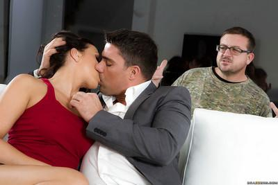 Brunette pornstar Rachel Starr delivers a messy blowjob in high heels