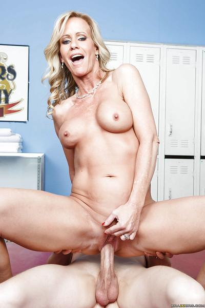 Bumbly milf with big tits and hard nipples Simone gets cum in mouth