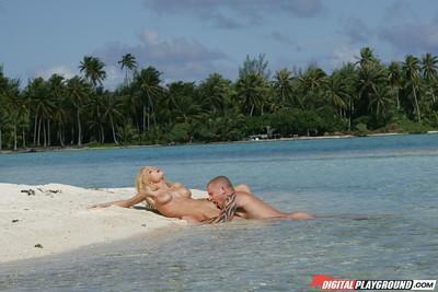 Latina blonde Jesse Jane is banging hard and getting cum on boobies