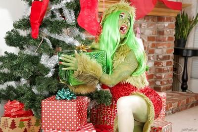 Green-skinned amateur Joanna Angel poses very hot on Christmas
