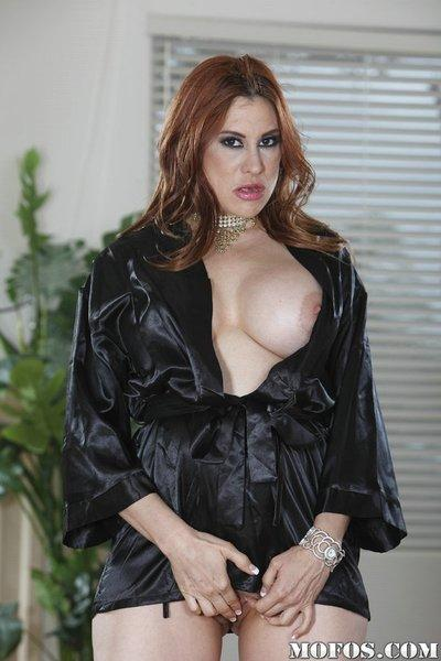 Lustful latina MILF Sheila Marie revealing her full-figured body