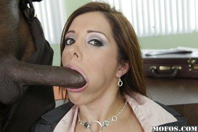 Interracial hardcore fucking with sexy Latina milf Francesca Le