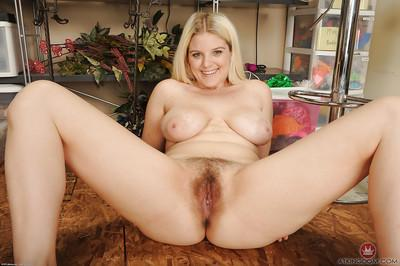 Blonde mom Prudence Pond exposing big butt and hairy vagina