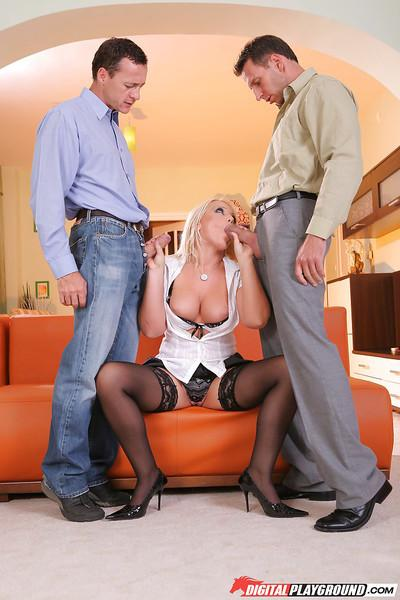 Two dicks are screwing innocent smiling blonde Sarah Simon!