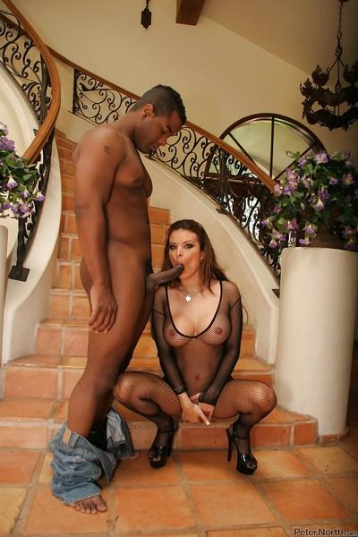 Bailey Brooks gets her pussy licked and slammed hardcore by a black guy