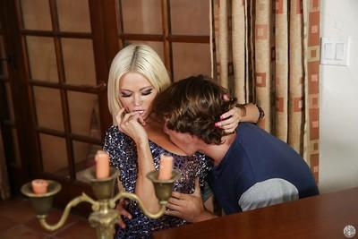 Fantastic cougar Nikita Von James is seducing an younger dude