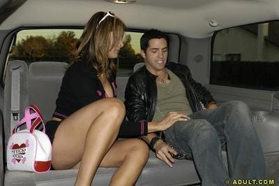 Liberated latina MILF gets tricked into blowjob on the back seat